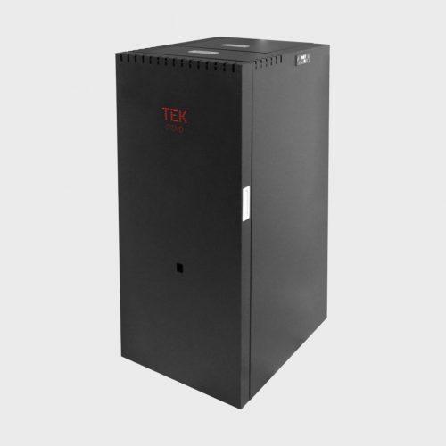 Caldeira compacta a pellets Piko de cor preta da TEK Biomasse, para aquecimento central